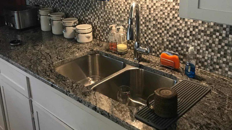 Granite Counter Top by SIS Countertops